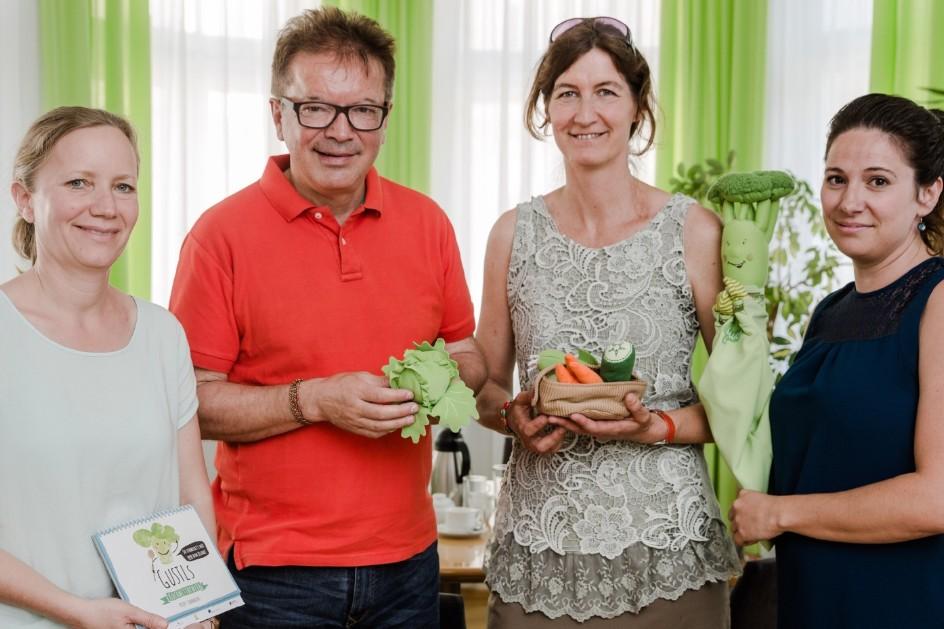 Mag.a Ulrike Singer, LR Rudi Anschober, Margit Mittermaier, DIin Franziska Radinger